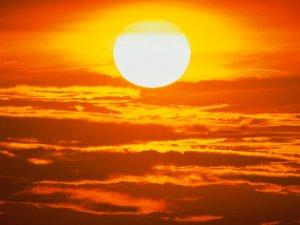 sun gazing или съзерцаване на слънцето
