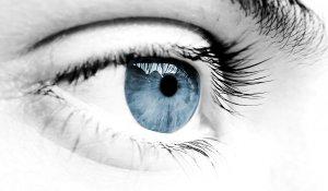 Цветът на очите издава болестите ни
