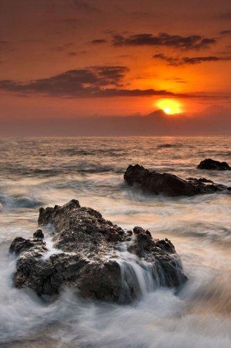 Снимка пейзаж изгрев на слънцето
